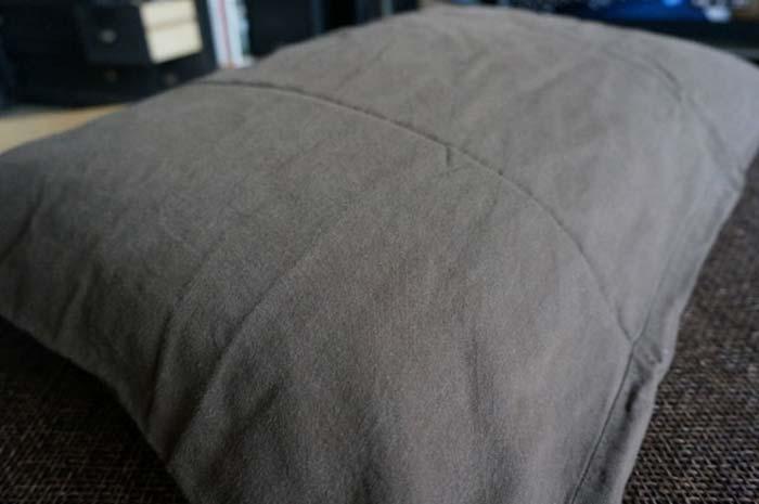 洗濯前枕01