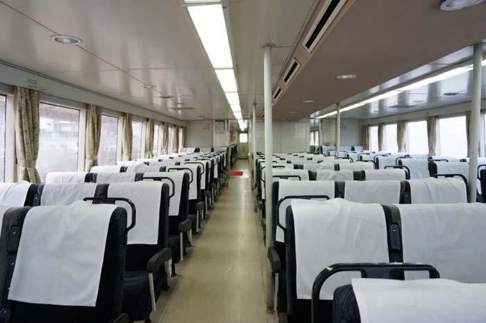 DSC08235ジェノバライン船内