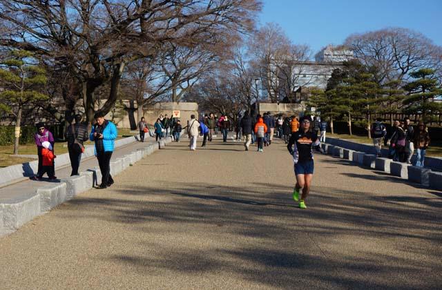 DSC05462osakajyo-running