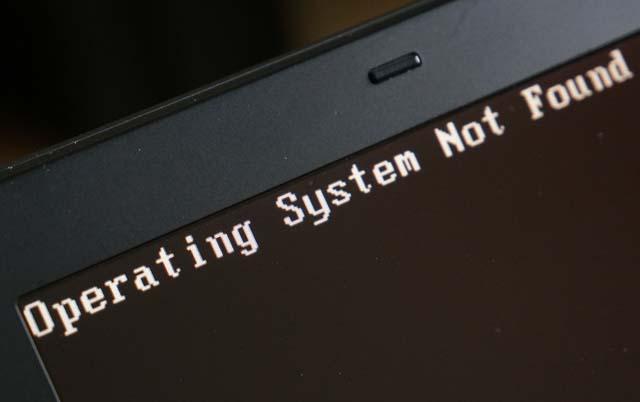 SSDのパソコンが故障!Operating system not foundが表示された時のデーター復旧!