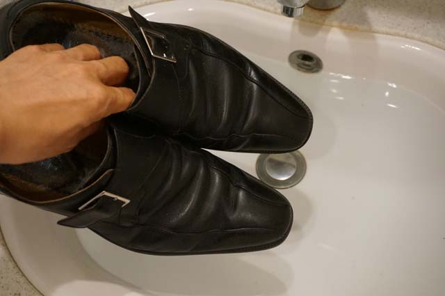 wash-leather-shoes20140930
