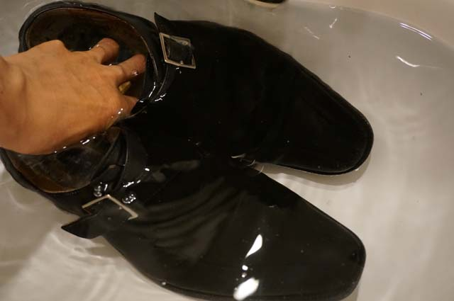 wash-leather-shoes20140932
