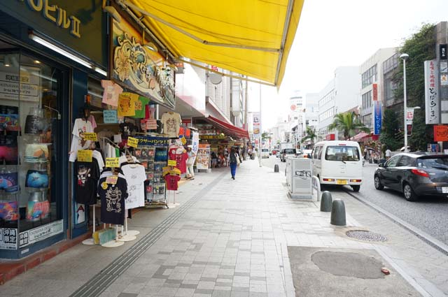 travel-okinawa-kokusaistreet3581