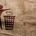 捨てられないものを気持ちよく捨てるお得な方法!これなら普段着の処分も簡単だよ!