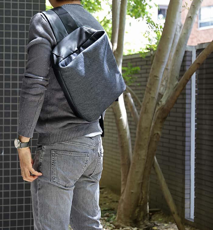 デニム生地でA4も入る大きめサイズのかっこいいショルダーバッグ!