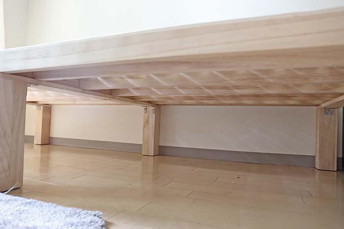 床下も掃除しやすいすのこベッド