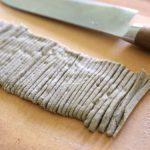 ベランダ菜園で収穫したソバの実で自家製蕎麦を打ってみた!