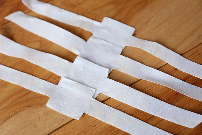 乾かして真っ白になった不織布