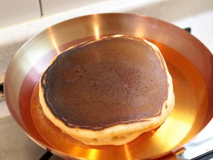 少し焦げやすい銅のフライパン