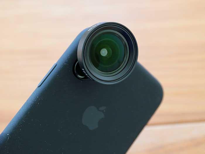iphoneに広角レンズをつけてみたところ