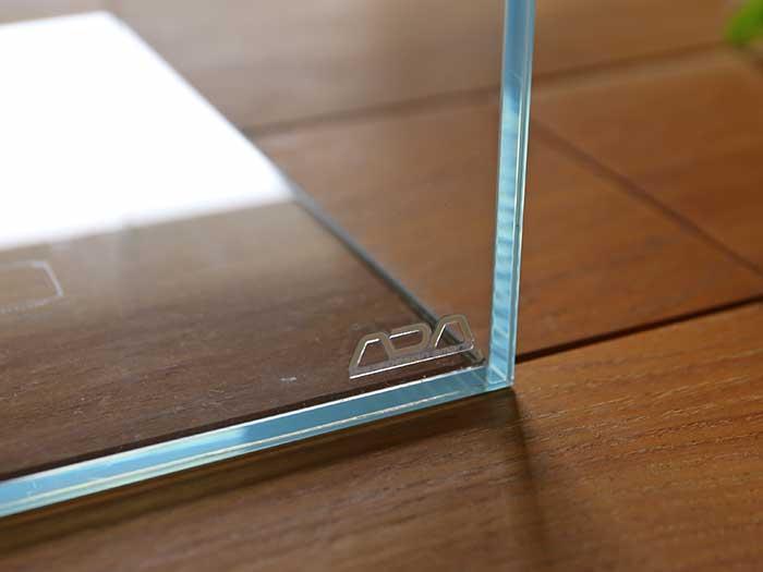 透明度が高いガラス水槽