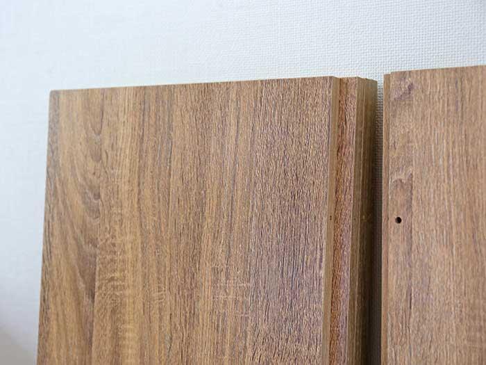 木目が美しい棚板