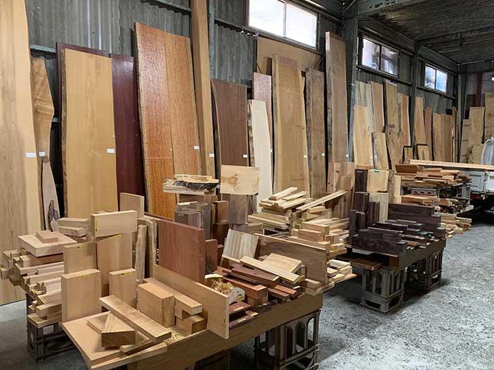 お買い得な木木材のコーナー