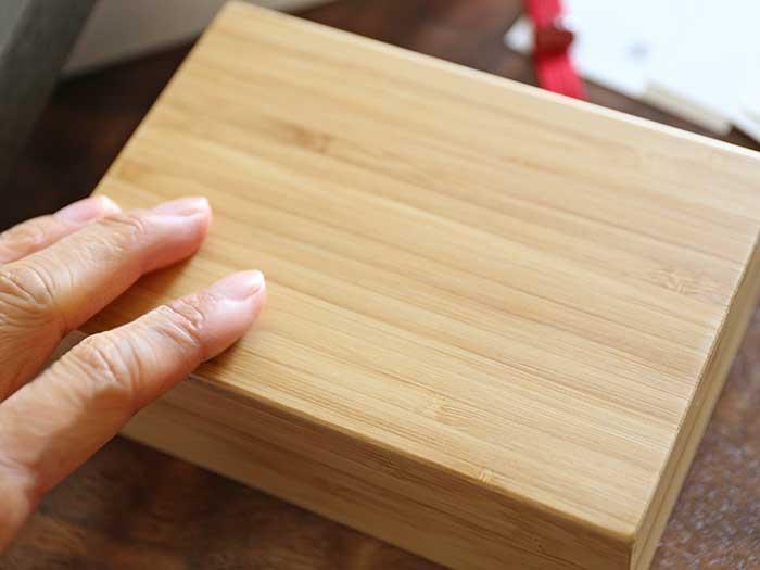 竹のすべすべの手触り