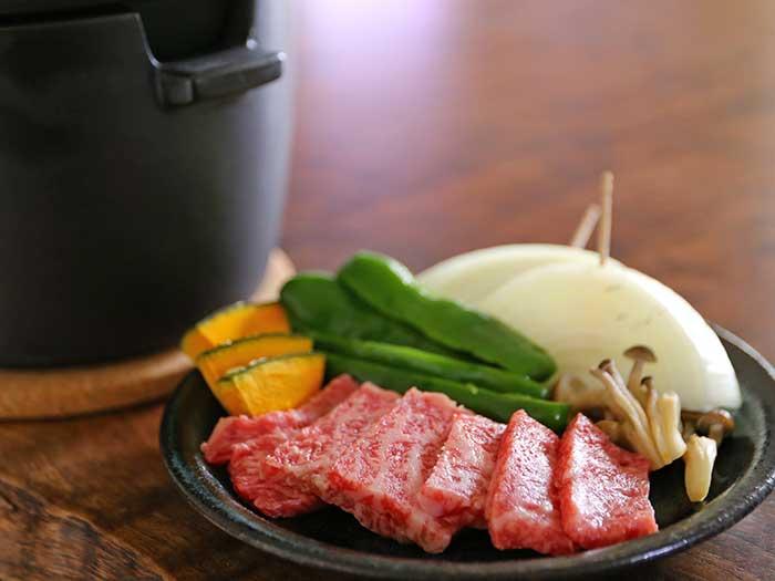 炭火焼用の焼き肉セット